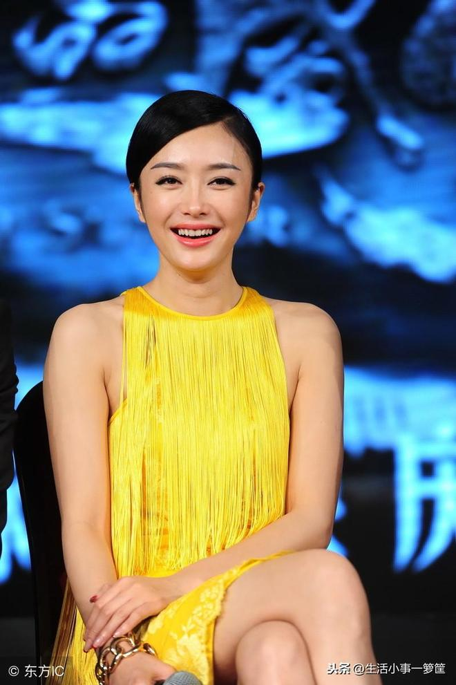 38歲女神秦嵐顏值與身材美如少女 網友:老大不小了,該結婚啦