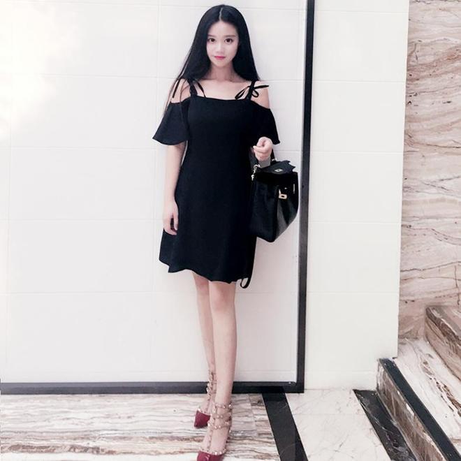 《深夜食堂》吳昕演技遭吐槽,微博勵志迴應,小黑裙卻成了焦點