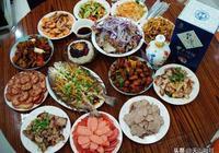 新疆人太實在了,做了十幾個宴客菜,一人就能喝一瓶酒