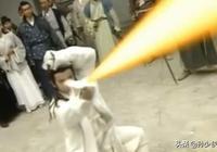 黃日華版《天龍八部》中,最後喬峰說虛竹的武功無人能敵,當時段譽就在旁邊,是否尷尬?