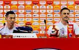 張修維與卡納瓦羅出席中超第16輪天津天海與廣州恆大的賽前發佈會