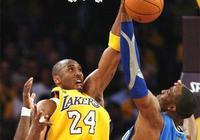 本世紀NBA最經典的六大隔扣:科比騎扣霍華德上榜,第1無爭議