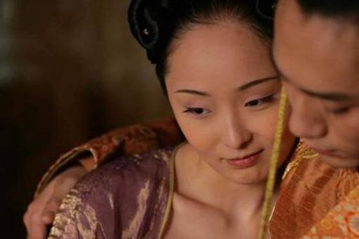 古代皇帝性接觸的第一位女人會是誰?是皇后嗎