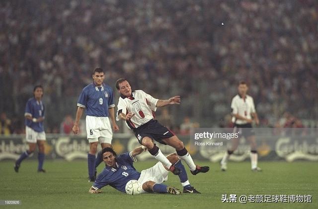 意大利天才中場硬漢,頭中飛刀開瓢繼續比賽,三奪歐聯杯流放英超