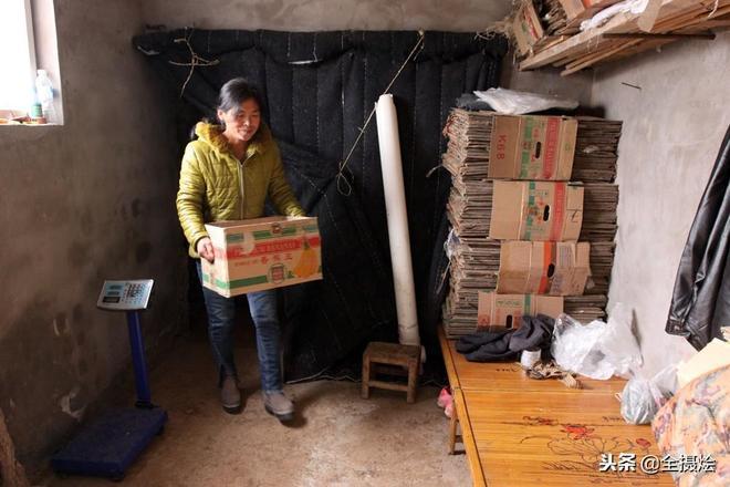 貧困戶脫貧,村裡發生鉅變,但村民們擔心一件事,這個人可不能走