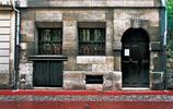 法國古典主義戲劇的奠基人,業餘時間創作了32部作品