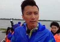 謝霆鋒在陽澄湖錄製《十二道鋒味》之大閘蟹,你知道螃蟹怎麼吃嗎