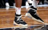NBA每日鞋報:塔克場均2鞋,班巴竟穿庫裡