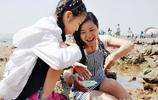 坐火車來趕海  週末青島棧橋成了遊客海里 淘寶 樂園