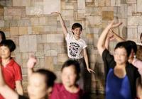 舞蹈出身的孫儷,搭檔舞痴鄧超,上演現實版親親、抱抱、舉高高
