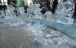 冰景美麗,可惜壽命太短,哈市一些街頭、景區的冰景已開始拆除