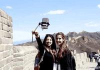 美國姑娘來中國遊玩,回國後感嘆:美國應該學習中國都不用排隊的