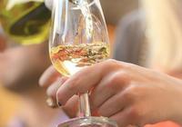 白葡萄酒中也含有單寧?