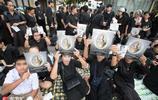 中國攝影師實拍已逝泰王普密蓬遺體火化儀式後 民眾悼念不願離去
