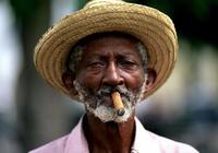 古巴是美國死對頭,為什麼美國關塔那摩設在古巴呢?