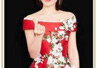 被劉濤美到了!紅色刺繡長裙宛如人間富貴牡丹花