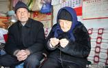6旬老人在城裡是爺爺,回到老家當孫子,102歲奶奶有哪些長壽祕訣