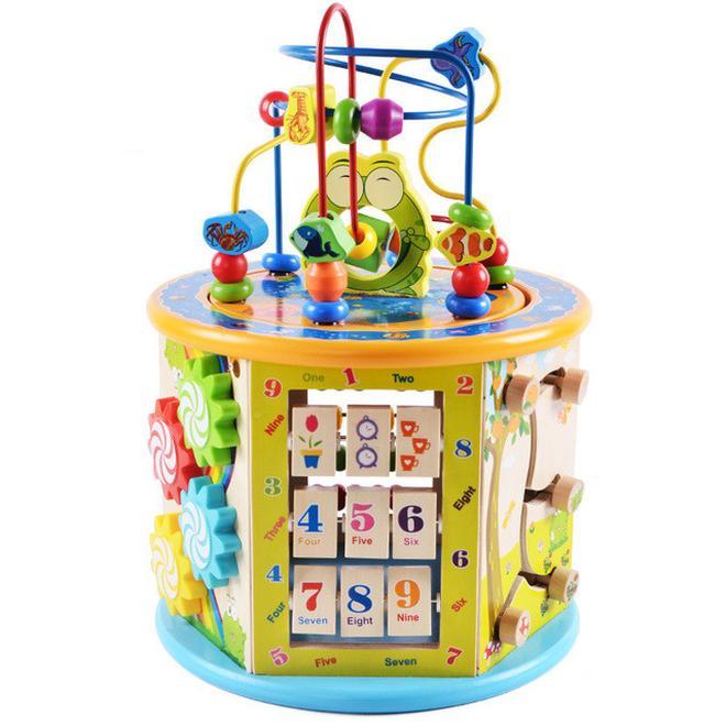 不懂怎麼給孩子買玩具?瞧下圖寶寶玩什麼,現在預備還不晚
