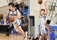 """中國最牛""""釘子戶""""閃耀NBA夏季聯賽!遇強則強,永不服輸,蕭華都樂翻天了!"""