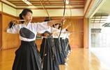 一組日本弓道、劍道部高中女生的真實照片