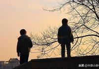 五個兒子不贍養父親,老人上吊自盡