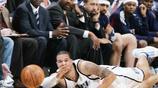 NBA球星救球瞬間,成就偉大先從救球開始,最後一個最感動