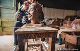 陝西這個兵馬俑村,一個人20年做了2萬個兵馬俑,靠他蓋房娶媳婦