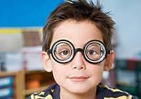 十多年過去了,第一批激光治療近視的人是否有出現不良反應?