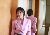 葉一茜女兒都11歲了,換個短髮,穿粉色西裝竟美成20歲少女