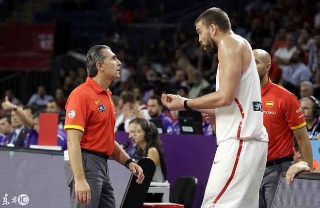 西班牙男籃慘敗!王仕鵬絕殺的球隊已經崛起,我們的男籃呢?