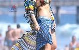 格溫·史蒂芬妮海灘度假,當天她打扮得非常有型