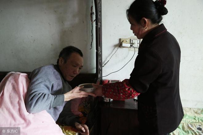 安徽安慶,當年醫生說他最多隻能活六個月,沒想到現在活了三十年