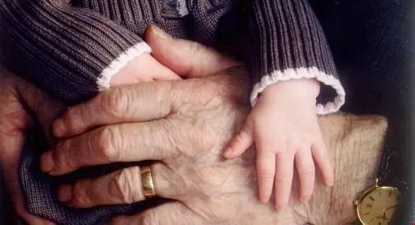奶奶好還是外婆好?孩子的話讓眾人紛紛點贊,你家的孩子會怎麼說