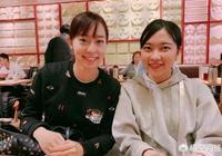 世乒賽在即,石川佳純攜妹妹問候中國球迷。你覺得她為何要這樣做?