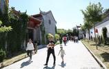 農村景區民宿206元一天迴歸田園生活,外地遊客50人在這裡居住