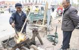 山東農村65歲大爺老手藝50年,現在一人做生意,半天掙180元