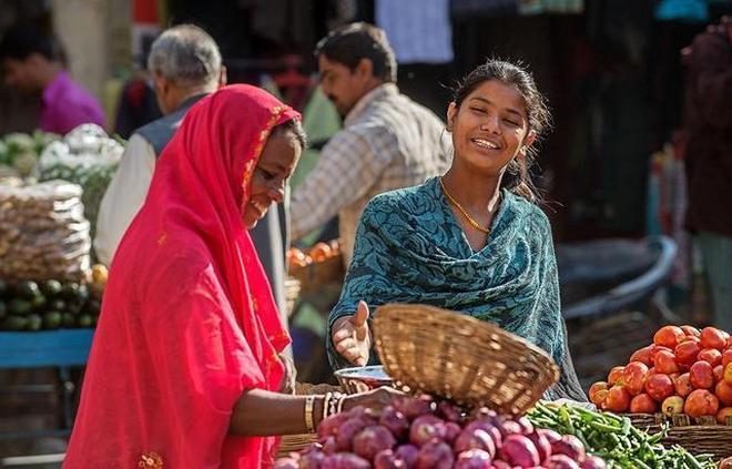 揹負13多億人口,印度靠啥能養活這麼多人?絕非表面這麼簡單