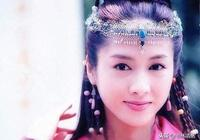 黎姿演的趙敏有4種額飾,珍珠流蘇最美豔,網友:黎姿之後無趙敏