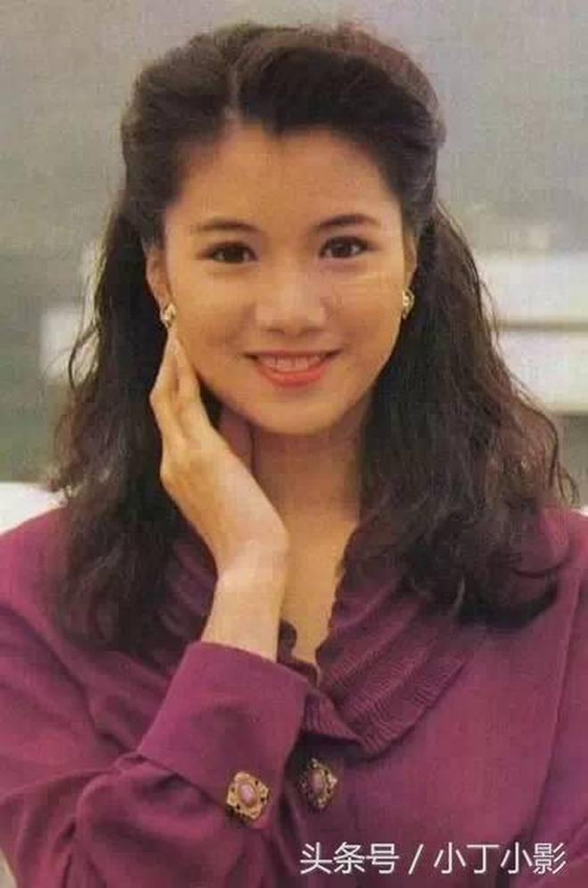 90年代香港女星珍藏舊照,女星們純樸自然的美感令人傾慕