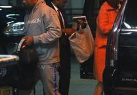 湯姆.克魯斯前妻約會黑人男星傑米.福克斯,留宿男方酒店被拍