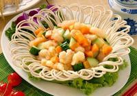 蝦仁可以和什麼一起炒 蝦仁不能和什麼一起吃