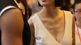 她長著林志玲的臉 柳巖的胸卻怎麼也紅不起來