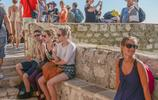克羅地亞最美小城,建在海邊懸崖上,被一部美劇捧成熱門旅遊城市