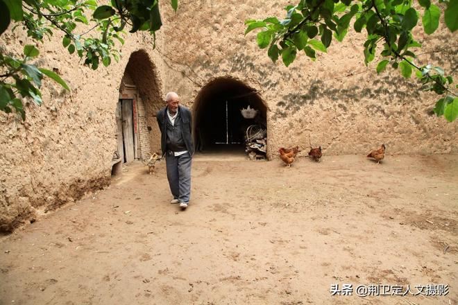 連續2天小雨天,看山西農村73歲老人足不出戶的生活是啥樣子