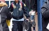 威爾史密斯女兒和男友紐約購物街拍