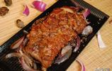 68元的烤羊排,皮下一層膘都快化了,拿手上直接吃肉最後滿手是油