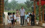 小巨人姚明身高2.26米,他比姚明還高10公分