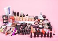 什麼品牌的化妝品適合40歲到50歲的女性使用?
