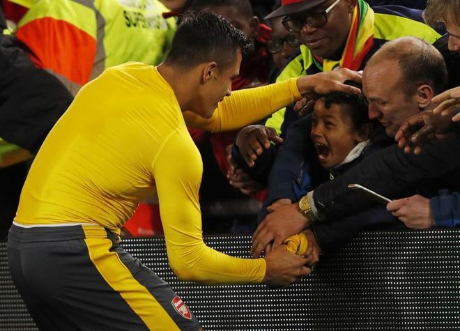 足球——英超:阿森納勝米德爾斯堡