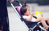 """別用嬰兒車了!我國研發:""""帶娃巧物""""實力來襲,帶娃省心又省力"""